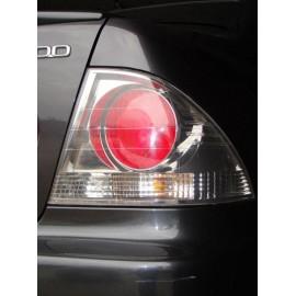 Rückleuchte Links oder Rechts Lexus IS200 99-05