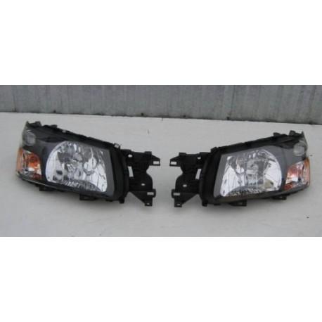 Scheinwerfer Frontscheinwerfer links oder rechts US Subaru Forester 03-05
