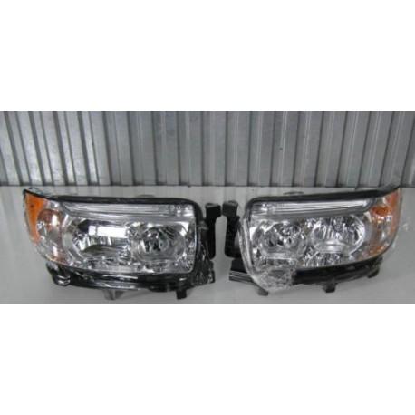 Scheinwerfer Frontscheinwerfer links oder rechts US Subaru Forester 05-08